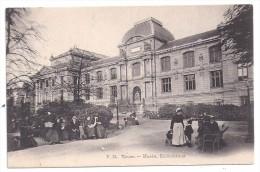 CPA Rouen 76 Seine Maritime Musée Bibliothèque Bonne Et Enfants  édit VM Bon état - Rouen