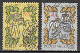 Vatican City   Scott No   705-6     Used    Year  1982 - Used Stamps