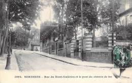 SURESNES 92 - Rue Du Mont Valérien Et Le Pont Du Chemin De Fer - CPA - Hauts De Seine - Suresnes