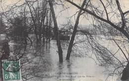 PARIS 75 - INONDATIONS JANVIER 1910 - Square Du Pont Royal , Quai Des Tuileries - CPA - Seine - Alluvioni Del 1910