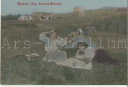 REPOS DES TRAVAILLEURS - Paysans