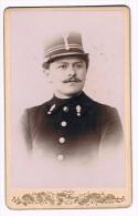 CDV, Photographe Hippolyte Lefèvre, Dampremy - Gendarme - 2 Scans - Police & Gendarmerie