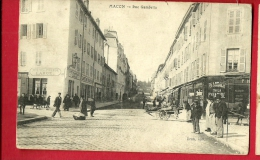 MNQ-26  Mâcon  Rue Gambetta  Pharmacie De La Pyramide. Attelage Animé.  Circulé Sous Enveloppe - Macon