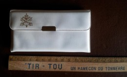 Pochette Médailles En 1979-les 3 Papes-Jean-Paul II, Jean XXIII, Jean Paul 1er - Altri
