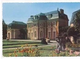 CPM  Abbeville  Chateau De Bagatelle En Picardie - Abbeville