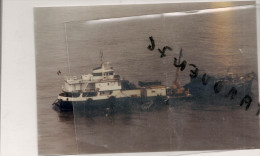 """Photo Bateau Navire Identifié Le """" Eugene Fromentin """" Lassarat France Transport Maritime Marchandise Fret - Schiffe"""