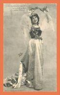 a489 / 237 Femme Language des Fleurs La guirlande de Fleurs G. I. D. de Nantes