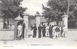 REMIREMONT     ( 88 )  -  Caserne D´ Artillerie - Remiremont