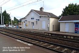 Gare De La Villette-Saint-Prest , Département D´Eure-et-Loir  -  Une Photo Reproduit Carte Postale  10x15 Cm. - Stations Without Trains