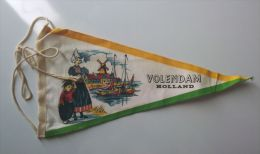 Fanion VOLENDAM (HOLLANDE) - Patches