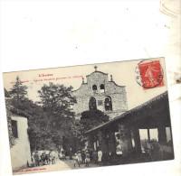 FABAS  Vieille Halle Et Clocher De L´ Eglise CPA ARIEGE ANIMEE CIRCULEE - Francia