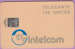 Télécarte Cameroun °° Intelcam  150 Unités  -  N° X  --  Sc5 .  Flèche 13  -  Verso Blanc 9 TGE  *  T B E - Cameroun