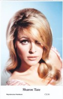SHARON TATE - Film Star Pin Up - Publisher Swiftsure Postcards 2000 - Postcards