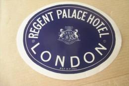 Etiquette D'hotel  Art Deco Pub REGENT PALACE LONDON - Etiquettes D'hotels