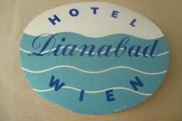 Etiquette D'hotel  Art Deco Pub ALBESTON MANOR STRATFORD - Etiquettes D'hotels