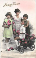 CPA COLORISEE FETES - BONNE ANNEE - 4 Enfants Et Les Fleurs - ENCH331 - - Nouvel An