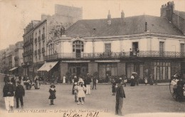 SAINT NAZAIRE -44- LE GRAND CAFE PLACE CARNOT - Saint Nazaire