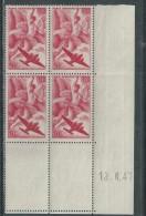 France P. A. N° 17 XX Iris En Bloc De 4 Coin Daté Du 13 . 6  . 47,  Sans Charnière, TB