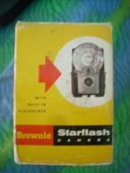 BROWNIE STARFLASH CAMERA - EASTMAN KODAK COMPANY  Da Collezione - Macchine Fotografiche