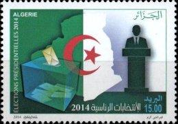 Algérie N° 1682 - Elections Présidentielles 2014 - Le Président Abdelaziz Bouteflika Drapeaux Flags - Algeria (1962-...)