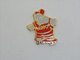 Pin's HIPPOPOTAME EN SKATE BOARD - Animali