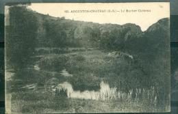 n�835 - Argenton-chateau - le rocher Corbeau    - rau19