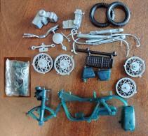 Ancienne Maquette Plastique : Moto Honda 750cc Four Verte En Pochette - Motorcycles