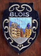 Patch Écusson Tissu Touristique : France - Loir Et Cher - Château De Blois - Fils D´or - Escudos En Tela