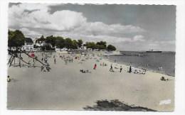 SAINT NAZAIRE - N° 2205 - LA PLAGE DE VILLES MARTIN ANIMEE - CARTE FORMAT CPA NON VOYAGEE - Saint Nazaire
