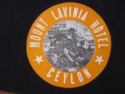HOTEL MOTEL INN MOTOR MOUNT LAVINIA COLOMBO CEYLON UK BRITAIN BRITISH TAG STICKER LUGGAGE LABEL ETIQUETTE AUFKLEBER - Hotel Labels