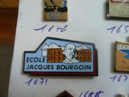 ECOLE JACQUES BOURGOIN SCOLAIRE - Administration