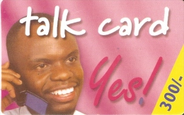 TARJETA DE KENIA DE 300 KSHS DE UN HOMBRE HABLANDO POR TELEFONO FECHA 31/12/2002 - Kenya
