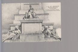 Cpa ,    Motif Du Monument Des Girondins ...  , Non Voyagé - Bordeaux