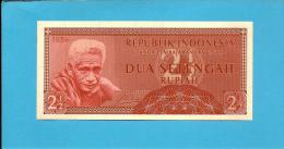 INDONESIA - 2 1/2 Rupiah - 1956 - P 75 - UNC. - Série DCT - Rotinese Man / Arms  - 2 Scans - Indonésie