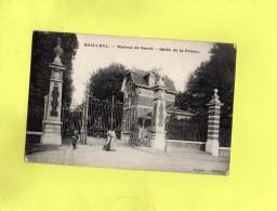 BAILLEUL - Maison De Santé - Grille De La Ferme - Francia