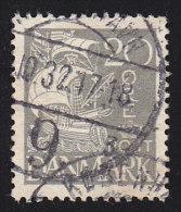 DENMARK - Scott #193 Caravel (*) / Used Stamp - 1913-47 (Christian X)