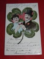 COUPLES - FANTAISIES -   Couple En Médaillon Dans Un Trèfle à 4 Feuilles   -  1910  -  (2 Scans) - Coppie