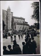 Photo Tour De France 1931? Bordeaux-Bayonne Passage à Saint-Geours-de-Maremne (40) PANCERA (Italie) Église St-Georges - Ciclismo