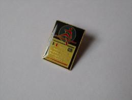 Pin's Aviron / Match France - Angleterre 1991 à Boulogne Sur Mer (signé MBP) - Aviron