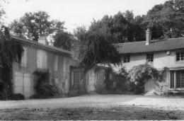 CPSM VILLIERS EN LIEU. Cour Du Batiment Scolaire, 1963. - Unclassified