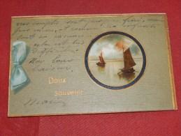 FANTAISIES -  DOUX  SOUVENIR    - Carte Gaufrée  -  1907  - (2 Scans) - Autres