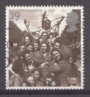 GRANDE-BRETAGNE 1995 Mi.1572 Britische Soldaten In Paris 1945 OBLITÉRÉ-USED-GEBRUIKT - Oblitérés