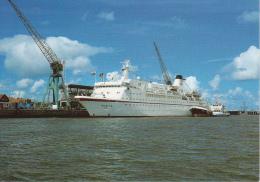 AK Cuxhaven - MS Europa Am Passagierschiff-Terminal Steubenhöft  (16592) - Cuxhaven
