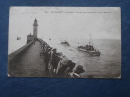 Le Tréport  La Jetée  Entrée Des Torpilleurs De La Manche - Animée - Ed. Arnault 221 - écrite 1915 - L208 - Le Treport