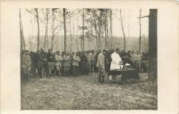 SECONDE CARTE PHOTO MESSE DANS LES BOIS DE L'ARGONNE ECRITE SOLDAT DU 263em ARTILLERIE ABBE MAITRILLAT VOIR LES 2 SCANS - Guerre 1914-18