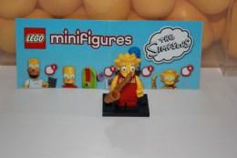 Lego Minifigures = Série  Simpsons = Lisa - Figurine
