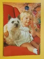 11888 - Dog With A Child - Non Classés