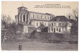 LA  CHAIZE LE VICOMTE   - L´Eglise ST NICOLAS Construite à La Fin Du  XIème Siecle. Pas Courante. - La Chaize Le Vicomte