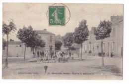 CHALLANS. - Place De La Gendarmerie. Beau Cliché - Challans