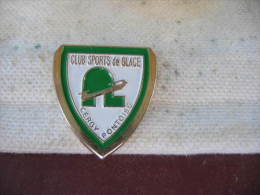 Pin´s Du Club Des Sports De Glace à CERGY PONTOISE. Patinage Sur Glace - Patinage Artistique